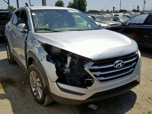 click here to view 2017 HYUNDAI TUCSON SE at IBIDSAFELY