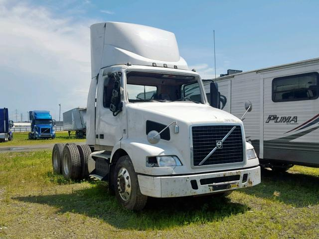 click here to view 2013 VOLVO VN VNM at IBIDSAFELY