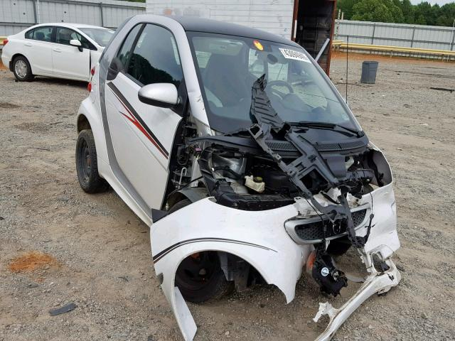 click here to view 2015 SMART FORTWO PUR at IBIDSAFELY