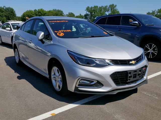 Salvage 2017 Chevrolet CRUZE LT for sale