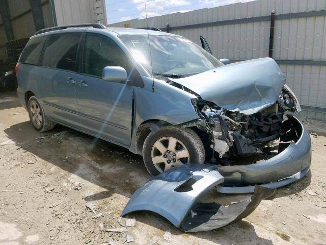 Salvage 2009 Toyota SIENNA XLE for sale