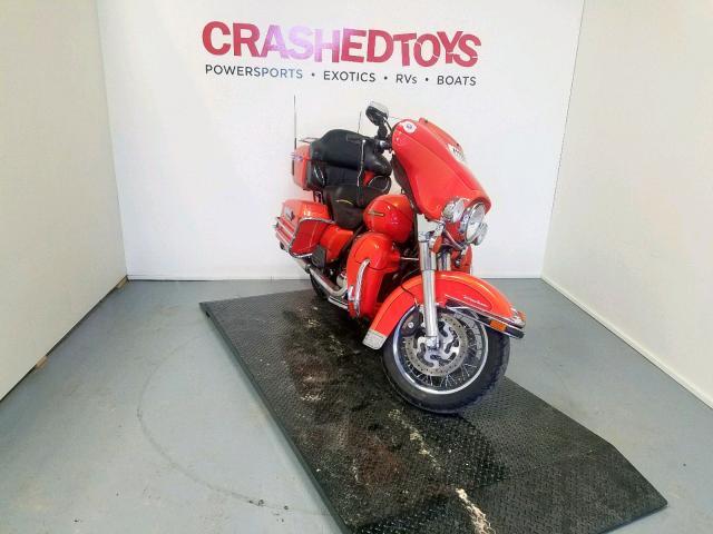 Salvage 2012 Harley-Davidson FLHTCU ULT for sale