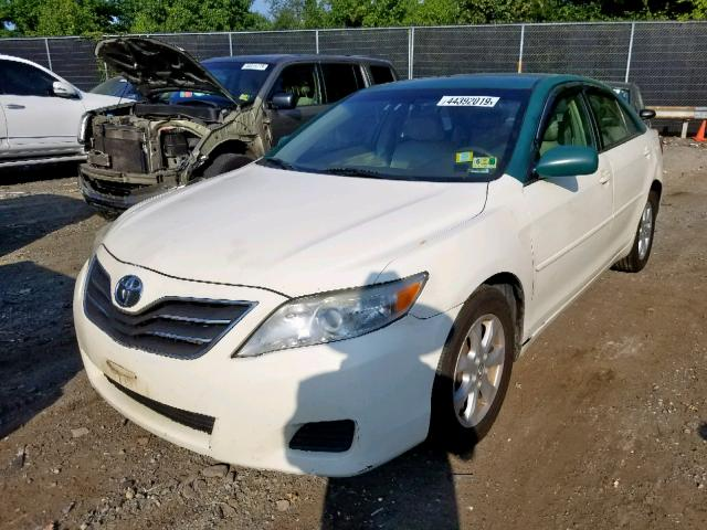 2011 Toyota Camry 2.5L Right View