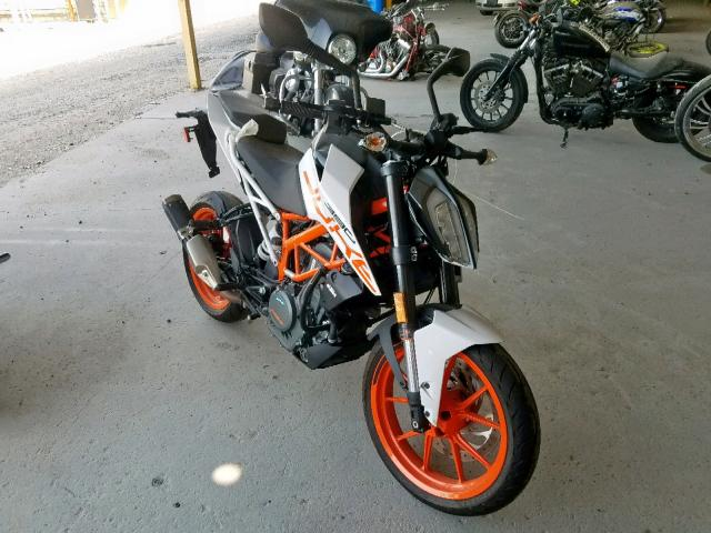 click here to view 2018 KTM DUKE at IBIDSAFELY