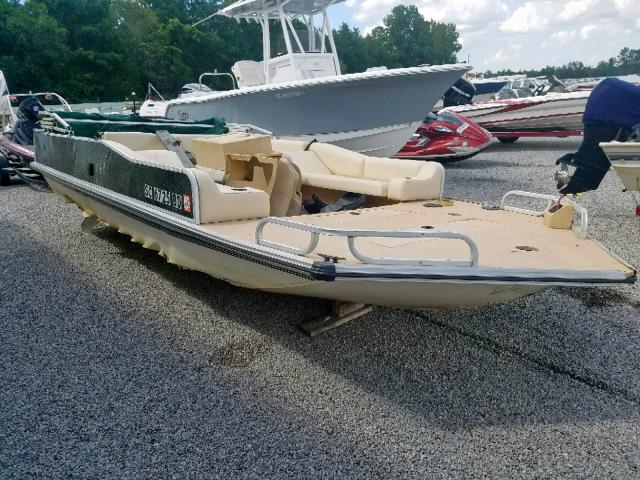 Salvage 1998 Trailers DEAT BOAT for sale