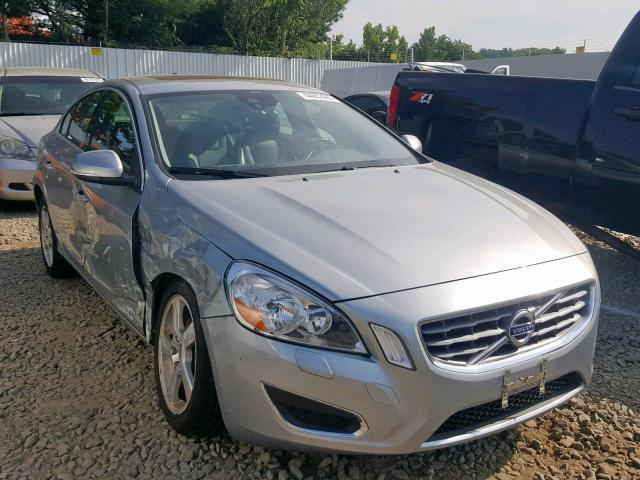 YV1612FH4D2176571-2013-volvo-s60