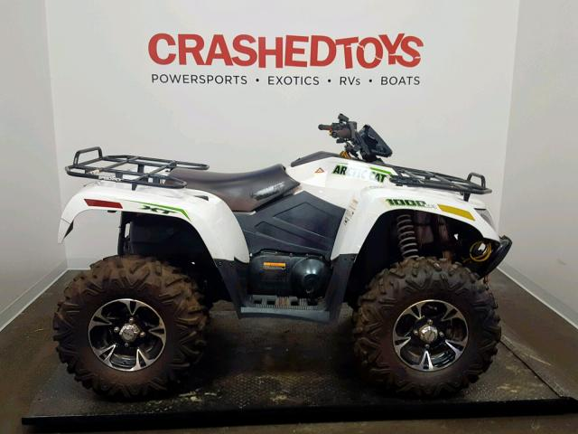 click here to view 2017 ARCTIC CAT XT at IBIDSAFELY