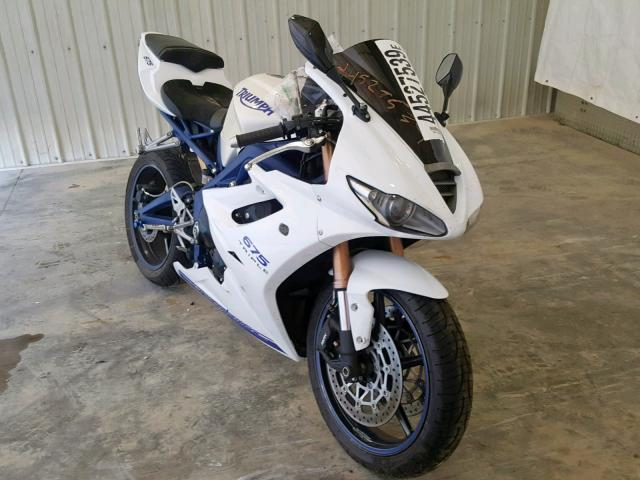 click here to view 2010 TRIUMPH MOTORCYCLE DAYTONA 67 at IBIDSAFELY