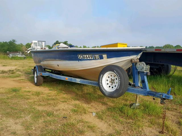 Salvage 2005 Crestliner 1700SERENI for sale