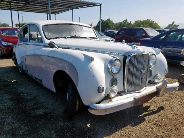click here to view 1960 JAGUAR XJ8 at IBIDSAFELY