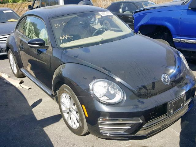 click here to view 2017 VOLKSWAGEN BEETLE SE at IBIDSAFELY