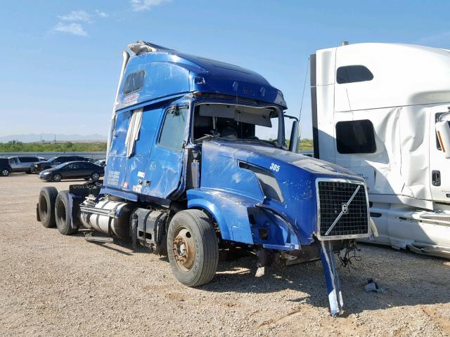 click here to view 2011 VOLVO VN VNL at IBIDSAFELY