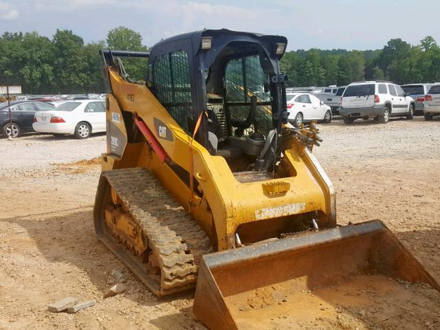 click here to view 2011 CATERPILLAR SKIDSTEER at IBIDSAFELY