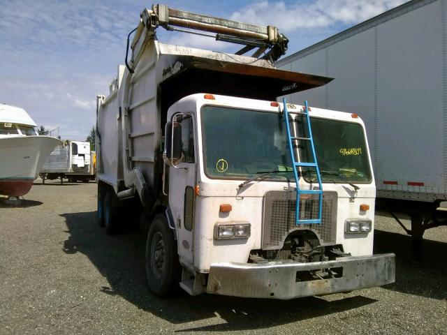 click here to view 1998 PETERBILT 320 at IBIDSAFELY