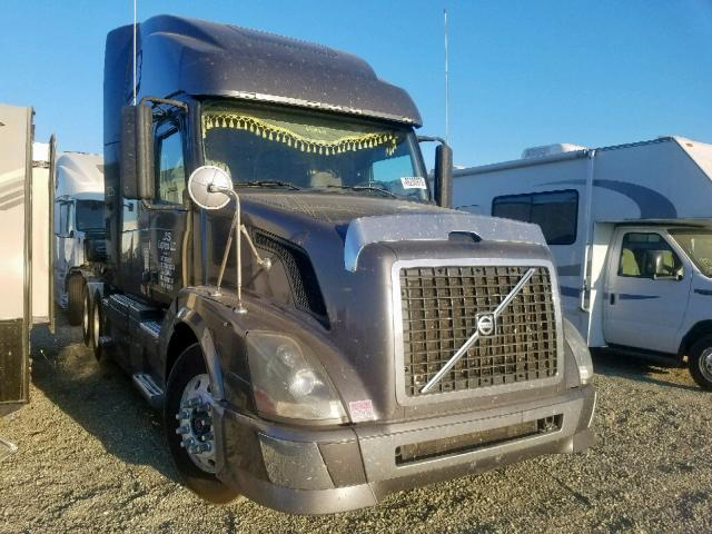 click here to view 2010 VOLVO VN VNL at IBIDSAFELY