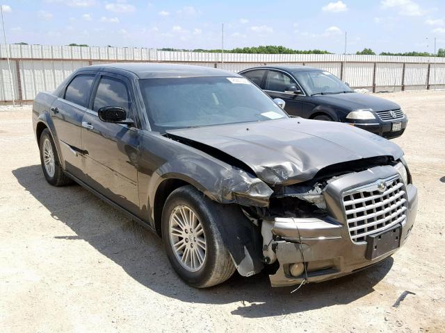 click here to view 2010 CHRYSLER 300 TOURIN at IBIDSAFELY