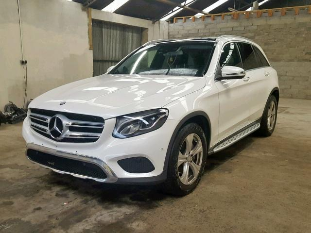 MERCEDES BENZ GLC 220 D - 2016 rok