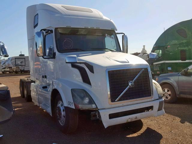 click here to view 2013 VOLVO VN VNL at IBIDSAFELY