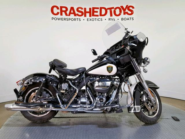 click here to view 2017 HARLEY-DAVIDSON FLHTP POLI at IBIDSAFELY