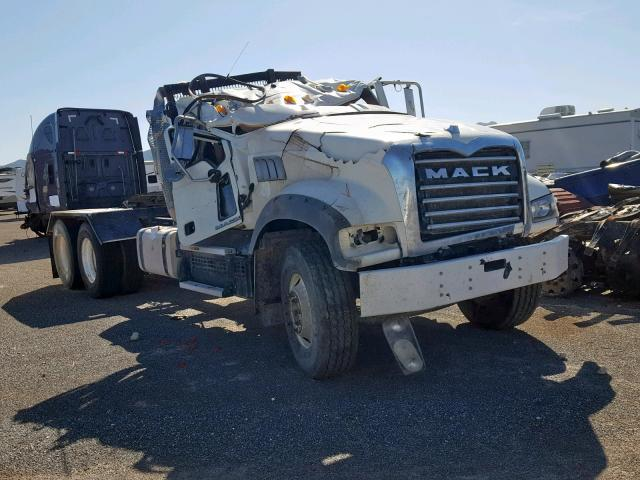 click here to view 2018 MACK 700 GU700 at IBIDSAFELY