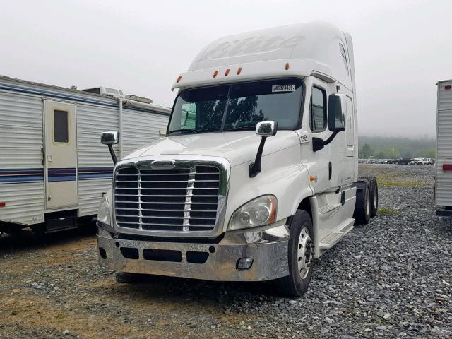 2013 FREIGHTLINER CASCADIA 125 Photos | PA - HARRISBURG