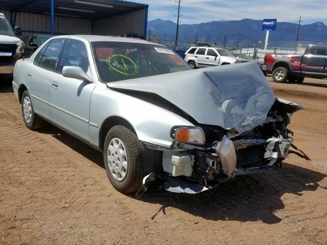 Toyota salvage cars for sale: 1996 Toyota Camry DX