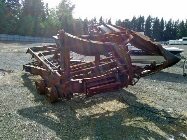 Salvage 1994 Holland Trailer MARINE LOT for sale