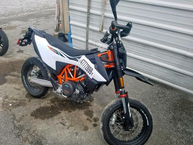 click here to view 2019 KTM 690 SMC at IBIDSAFELY