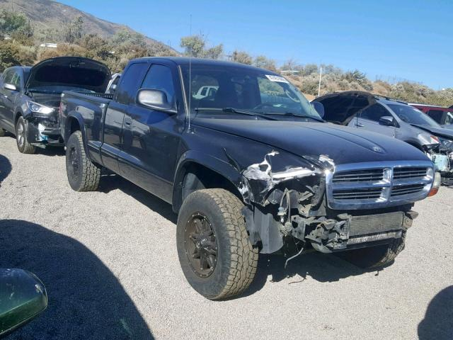 Salvage cars for sale from Copart Reno, NV: 2004 Dodge Dakota Sport