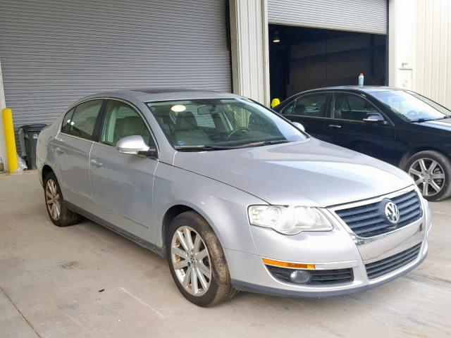click here to view 2010 VOLKSWAGEN PASSAT KOM at IBIDSAFELY