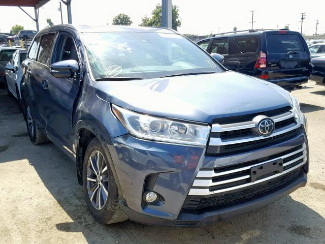 click here to view 2018 TOYOTA HIGHLANDER at IBIDSAFELY