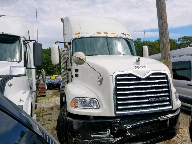 click here to view 2009 MACK 600 CXU600 at IBIDSAFELY