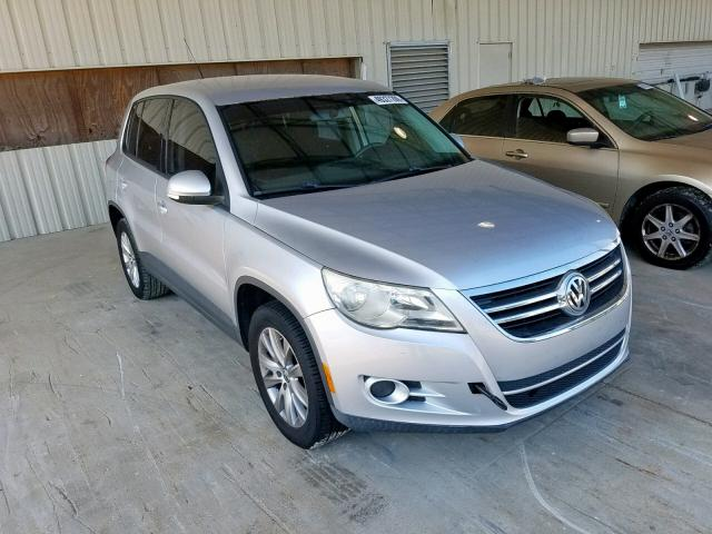 click here to view 2010 VOLKSWAGEN TIGUAN S at IBIDSAFELY