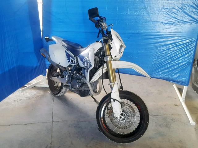 click here to view 2008 SUZUKI DR-Z400 SM at IBIDSAFELY