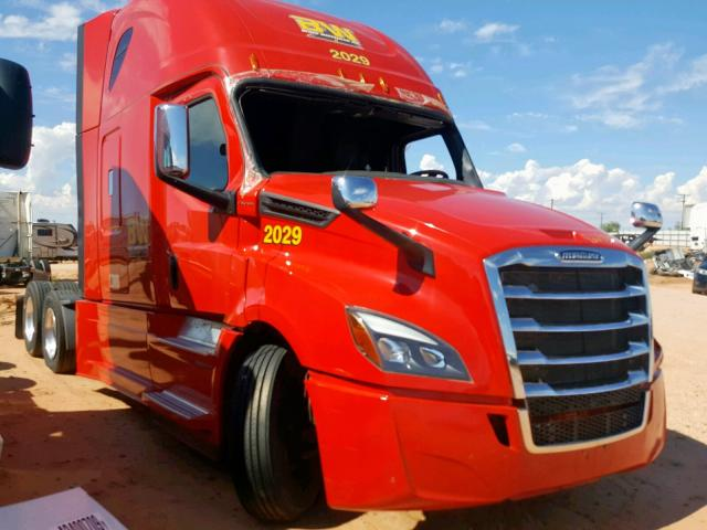 click here to view 2020 FREIGHTLINER CASCADIA 1 at IBIDSAFELY