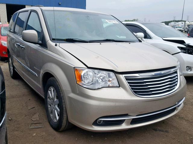 2C4RC1BG3FR755527-2015-chrysler-town-and-cou