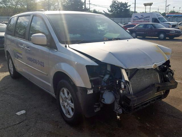 click here to view 2010 CHRYSLER TOWN & COU at IBIDSAFELY