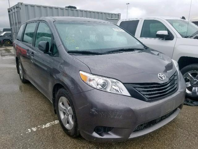 Salvage 2017 Toyota SIENNA for sale