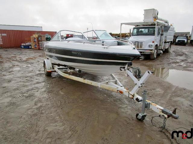 click here to view 1993 MX19 MARINE LOT at IBIDSAFELY