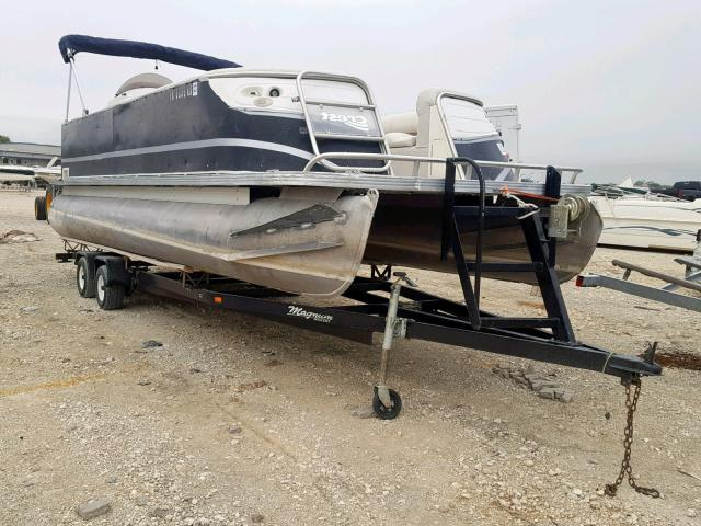 click here to view 2004 CRES BOAT at IBIDSAFELY