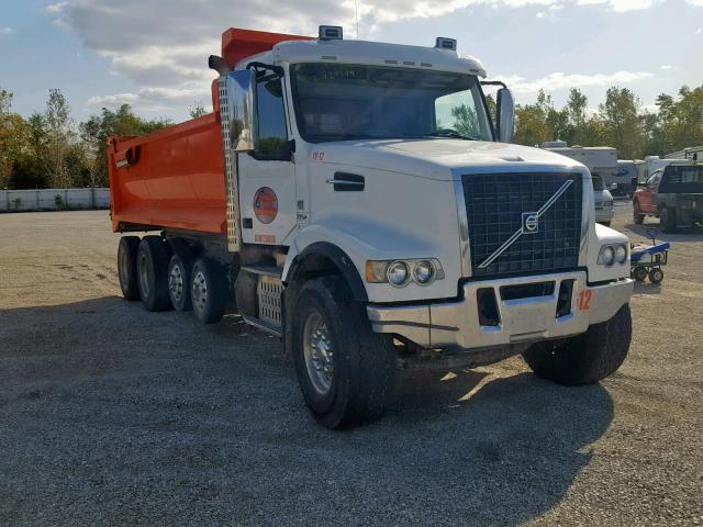 click here to view 2017 VOLVO VHD at IBIDSAFELY