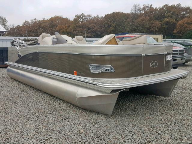 Salvage 2019 Avalon 23 CATALIN for sale