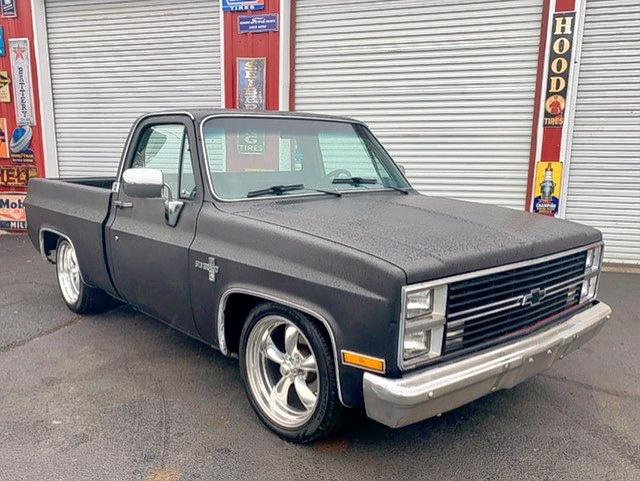 Salvage 1986 Chevrolet C10 for sale