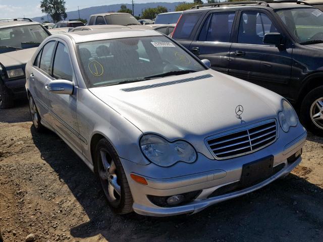WDBRF40J65F695383-2005-mercedes-benz-c-230k-spo
