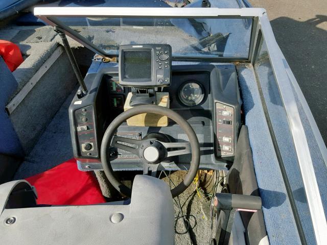 1988 Bluf Boat engine view