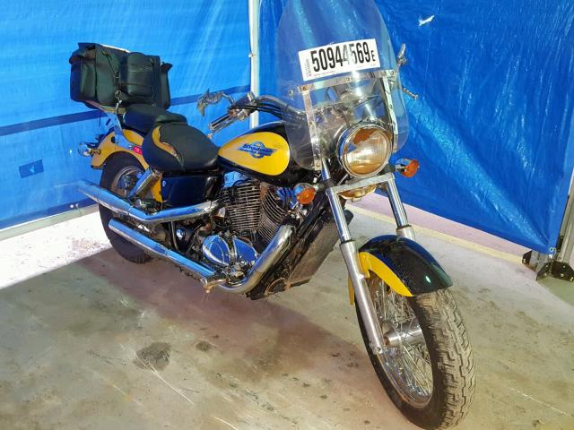 Salvage 1997 Honda VT1100 C2 for sale