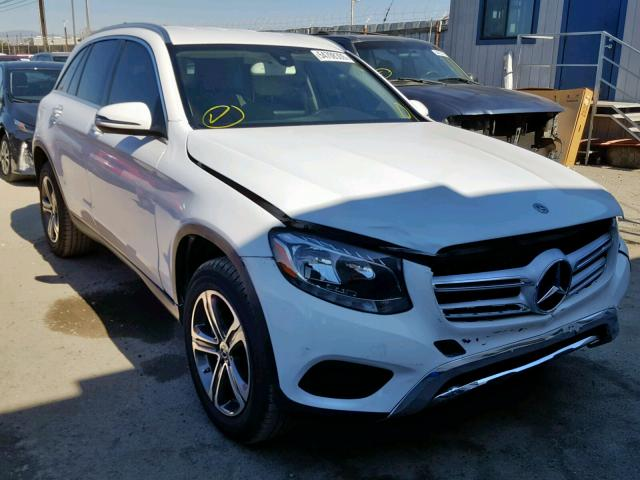 click here to view 2017 MERCEDES-BENZ GLC 300 at IBIDSAFELY