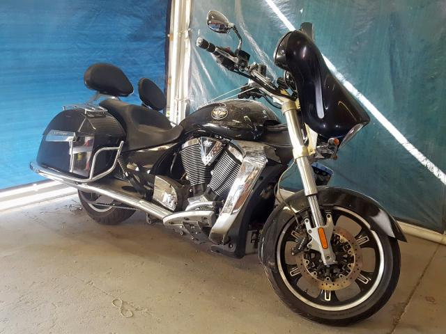 click here to view 2010 VICTORY MOTORCYCLES CROSS ROAD at IBIDSAFELY