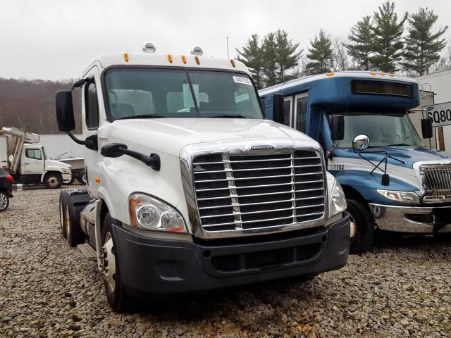 click here to view 2012 FREIGHTLINER CASCADIA 1 at IBIDSAFELY