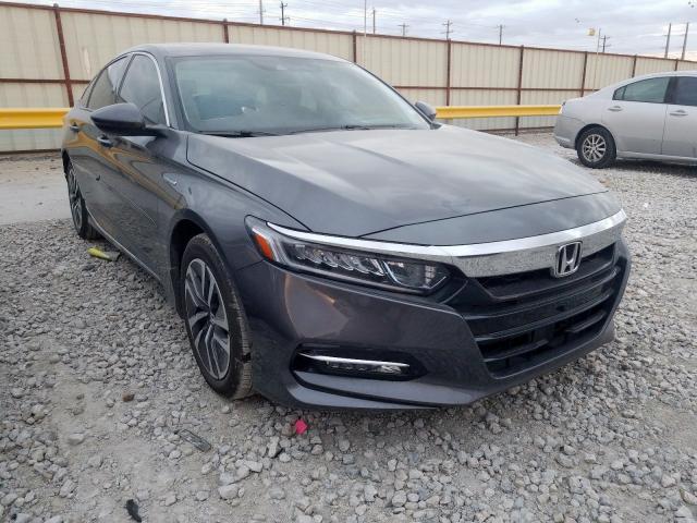 2019 Honda    Vin: 1HGCV3F50KA005796